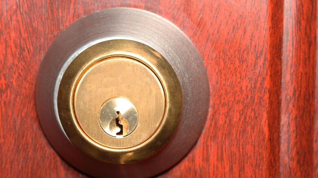 Choosing A Locksmith With Caution
