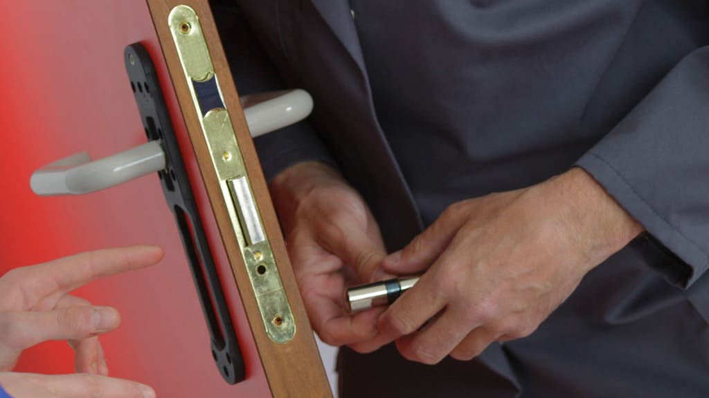 How To Find A Professional Locksmith