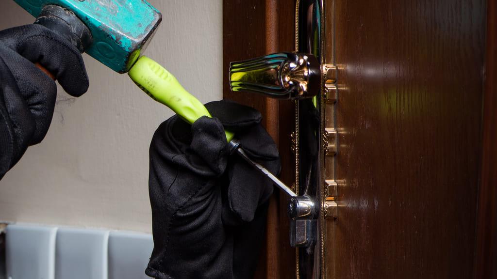 Repair And Replacement of Suvald Lock